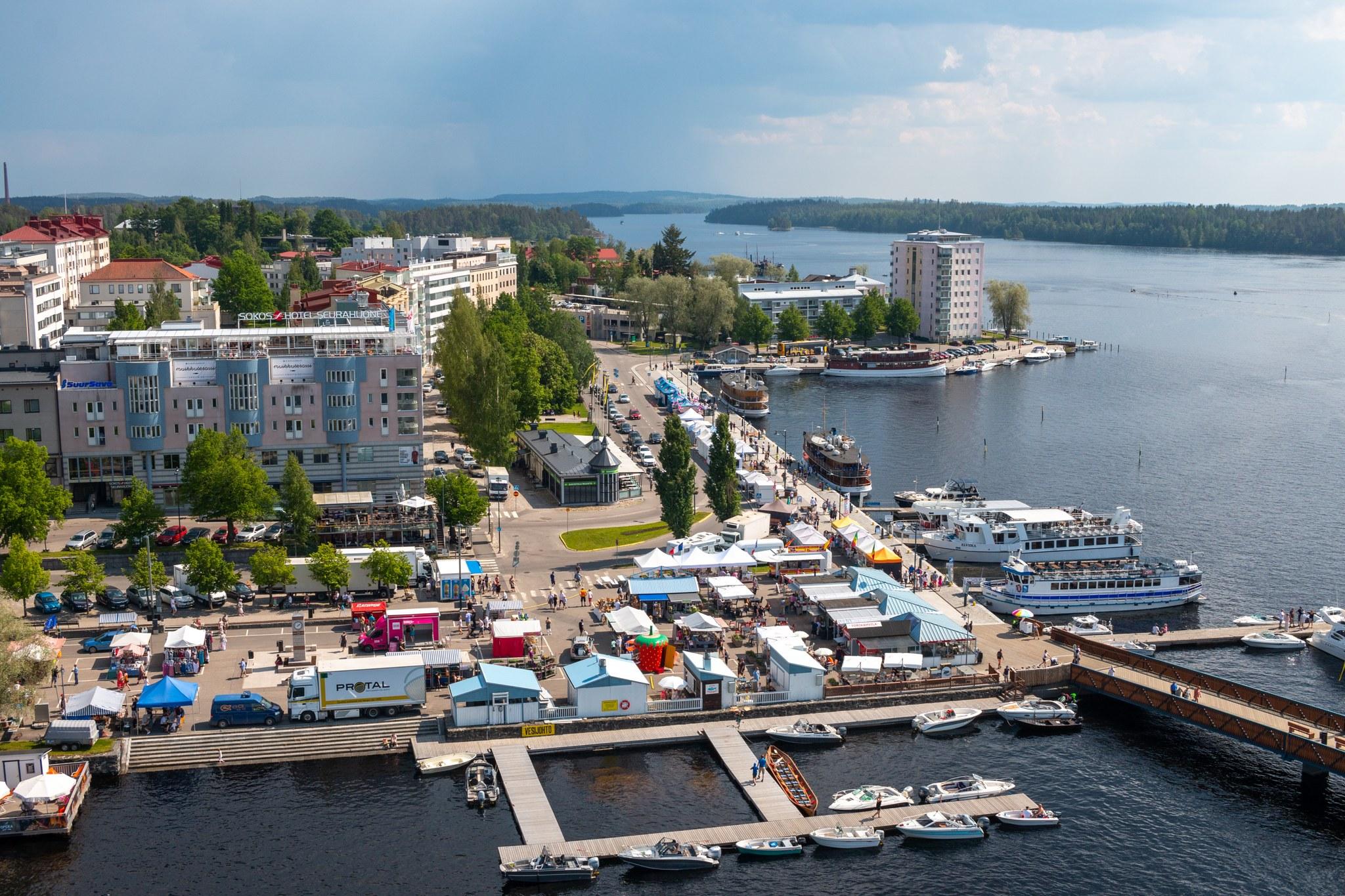Päiväristeily Lappeenrannasta Savonlinnaan, bussi-laiva
