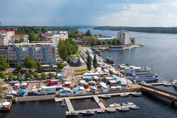 Päivämatka Lappeenrannasta Savonlinnaan, laiva-bussi